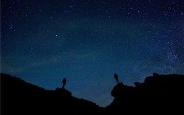 galaxy during nighttime Mac wallpaper