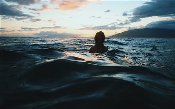 woman in the sea All Mac wallpaper