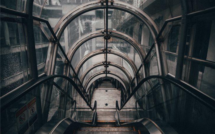 gray empty escalator Mac Wallpaper