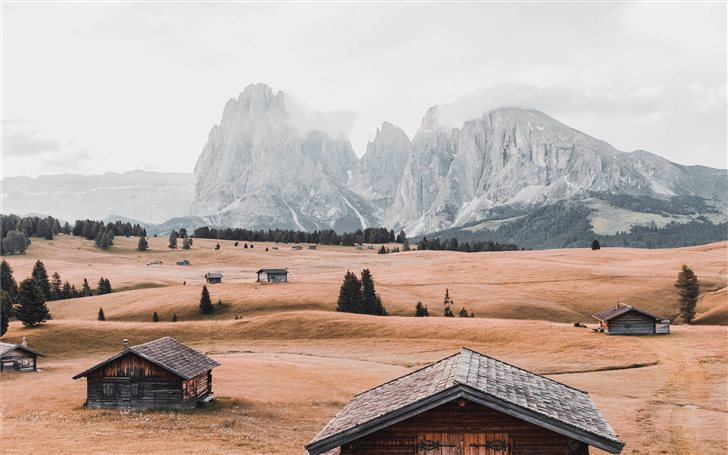 Magic cabin in Sudtirol Mac Wallpaper