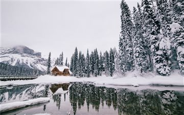 Emerald Lake, Columbia Sh... All Mac wallpaper