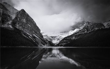 Lake Louise, Banff, Canad... Mac wallpaper