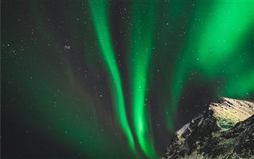 Northern lights in Norway Mac wallpaper