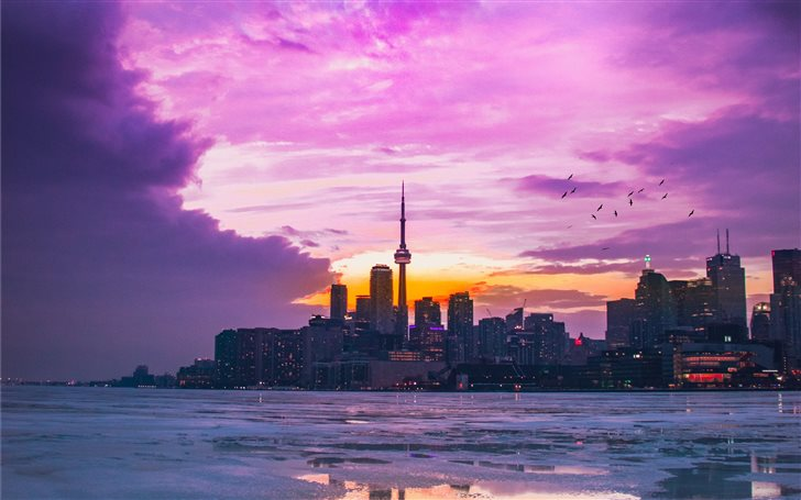 Polson Pier, Toronto, Can... Mac Wallpaper