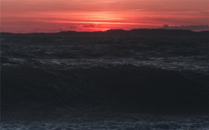 Beautiful sunset near fre... Mac Wallpaper