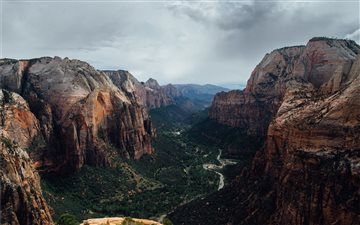 Angels landing iMac wallpaper