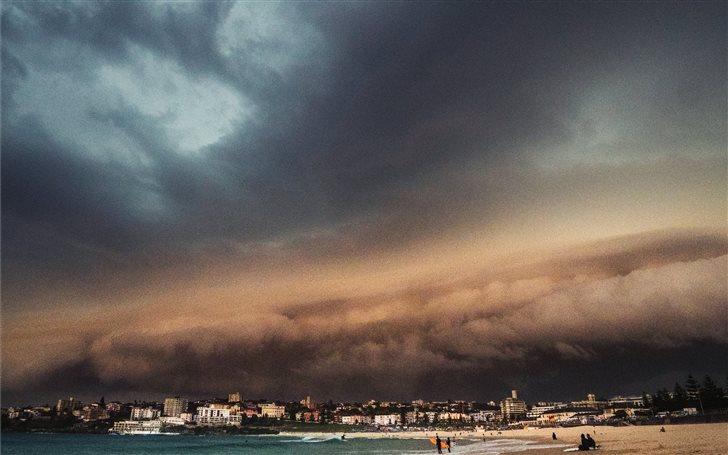 Bondi Beach, Sydney, Aust... Mac Wallpaper