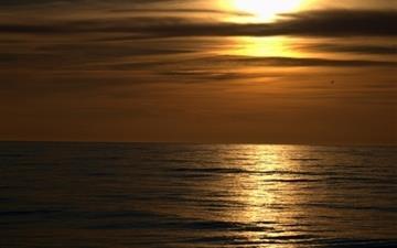 Dark Sunset Beach Mac wallpaper
