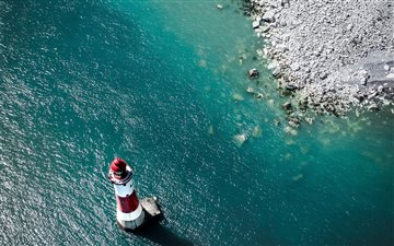 Beachy Head Lighthouse, E... Mac wallpaper