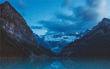 Lake Louise Mac wallpaper