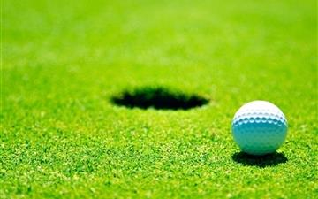 Golf green grass Mac wallpaper