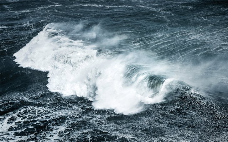 ocean waves Mac Wallpaper