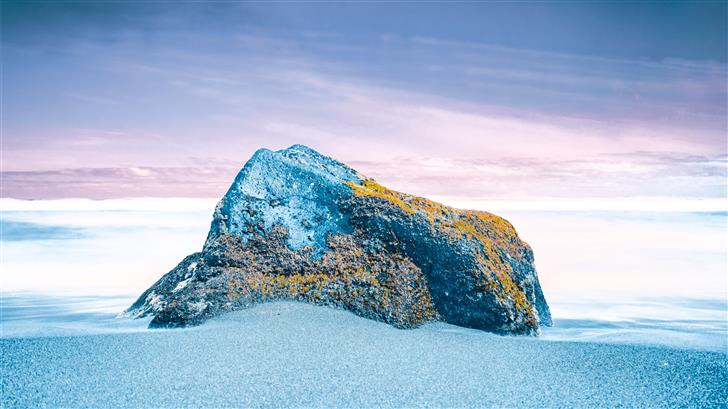 rock on seashore during daytime Mac Wallpaper