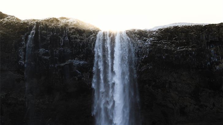 sunlight reflection on waterfalls Mac Wallpaper