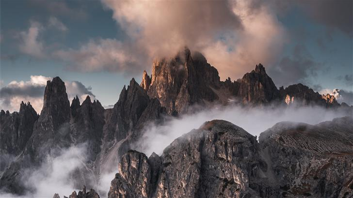 mountain at daytime Mac Wallpaper