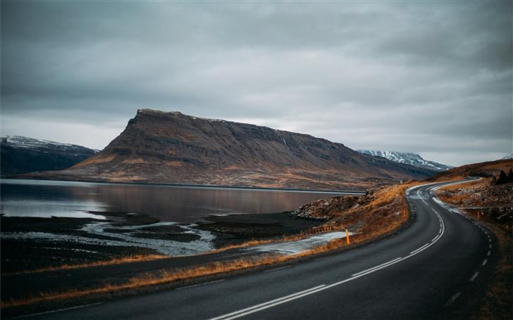 gray paved road Mac Wallpaper