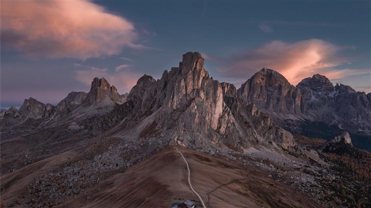 brown mountains Mac Wallpaper