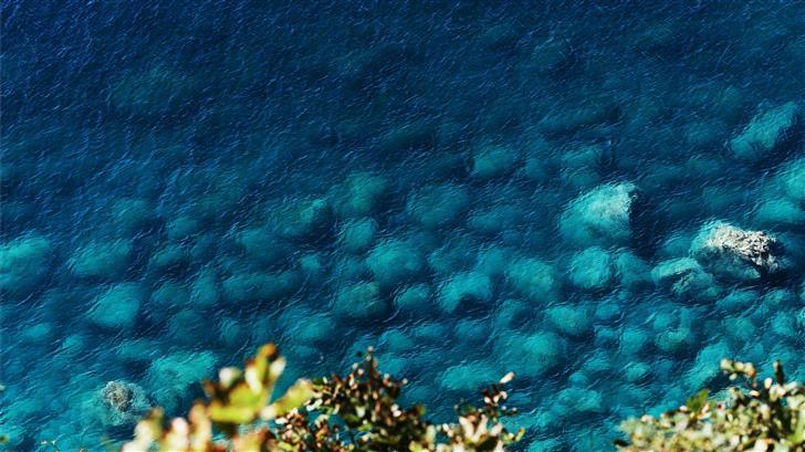 body of water photograph Mac Wallpaper