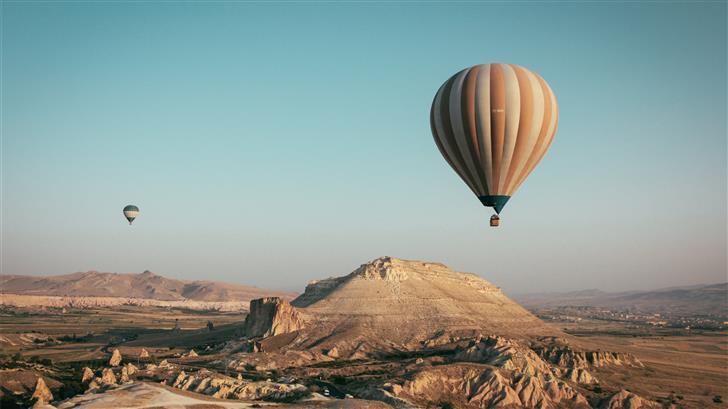hot air balloons on mid air Mac Wallpaper