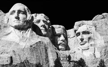 Mt Rushmore during daytime iMac wallpaper