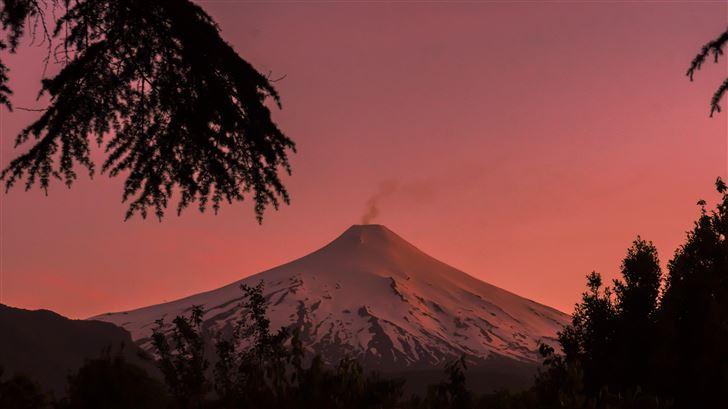 villarica volcano pucon chile coverd in snow 5k Mac Wallpaper