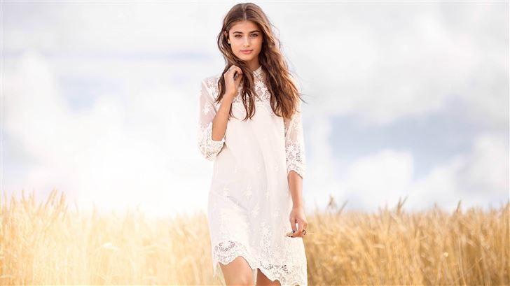 taylor hill 2019 5k Mac Wallpaper