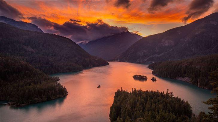 lake diablo at sunset 5k Mac Wallpaper