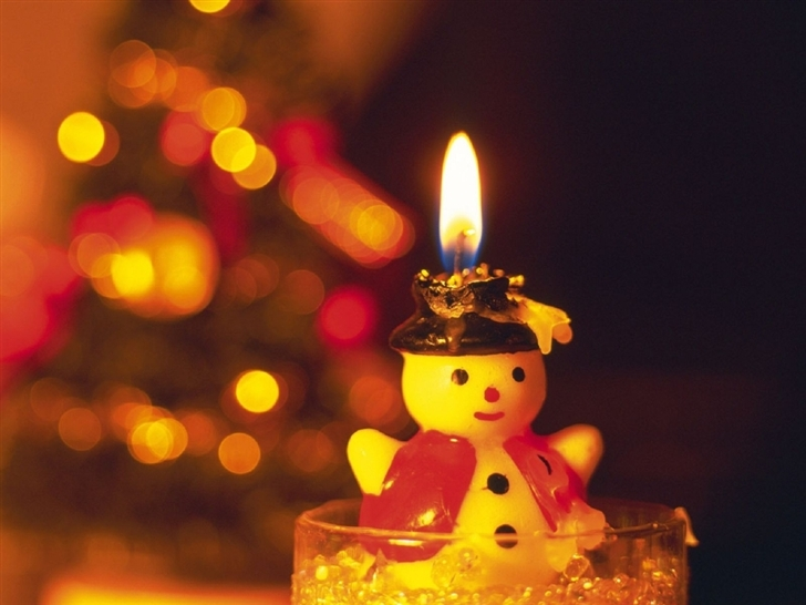 Snowman Candle Light New Year Greeting Cards Mac Wallpaper