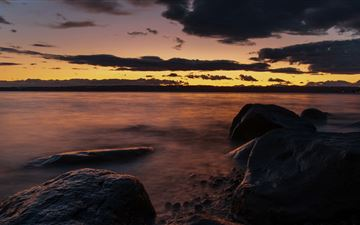 dark evening sea coast 5k MacBook Air wallpaper
