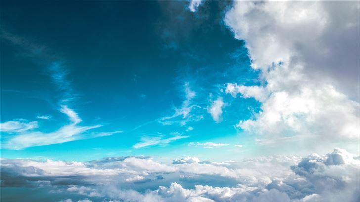 clear sky 5k Mac Wallpaper