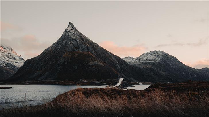 mountain range 8k Mac Wallpaper
