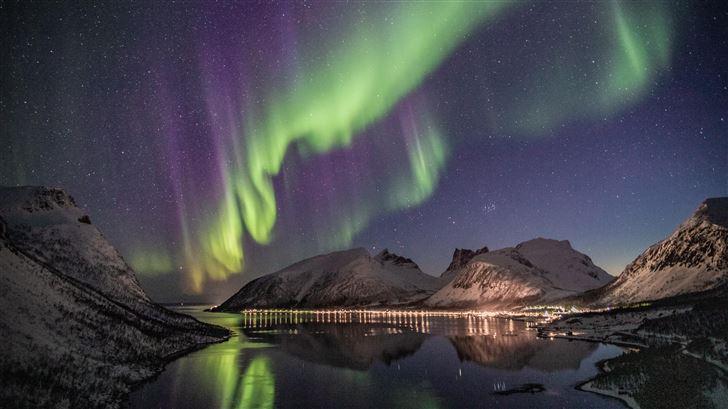 aurora borealis lake houses evening 5k Mac Wallpaper