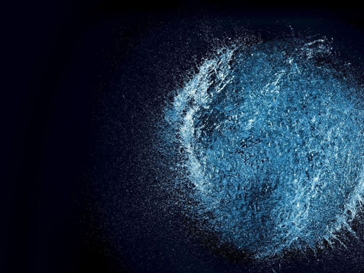 Water Explosion Mac Wallpaper