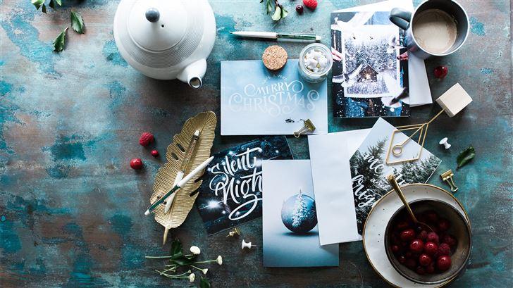assorted table decors Mac Wallpaper