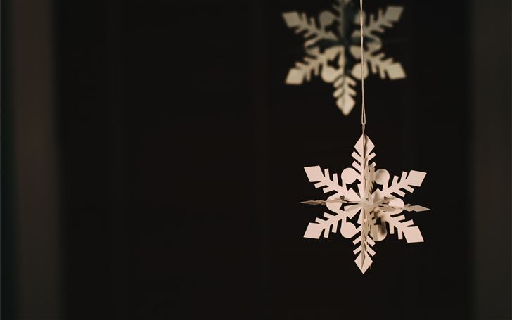 hanging snowflakes paper decor Mac Wallpaper