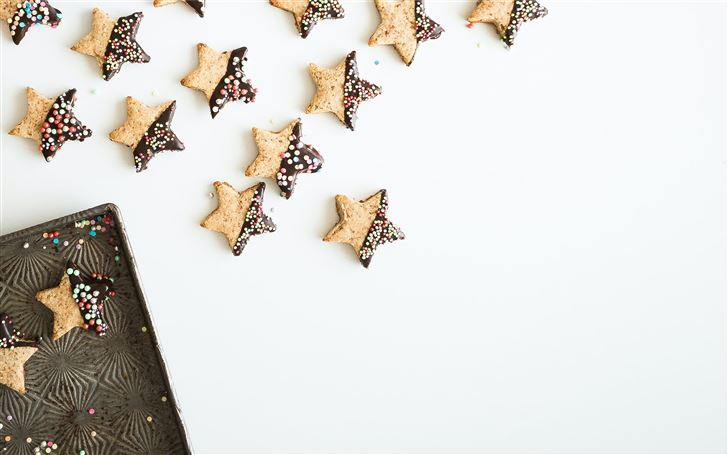 star shape cookies with chocolate fillings Mac Wallpaper