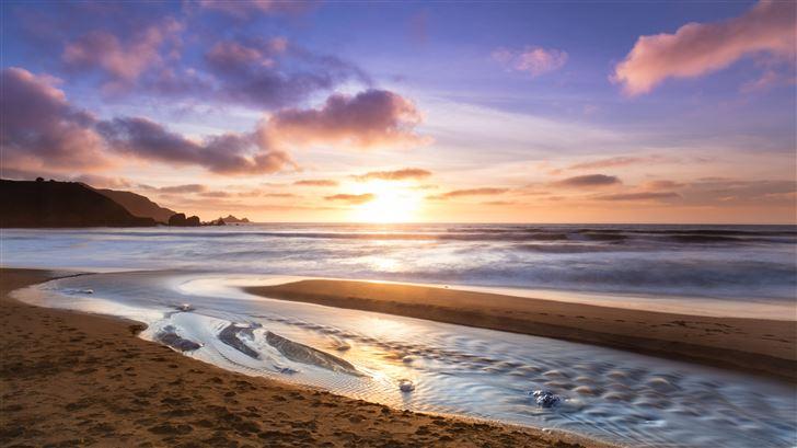 ocean waves 8k Mac Wallpaper