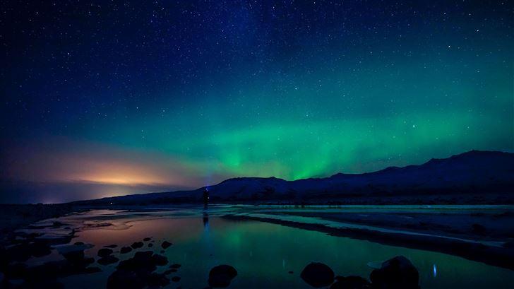 rainbow night northern lights Mac Wallpaper