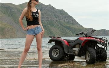 Girls and ATV All Mac wallpaper
