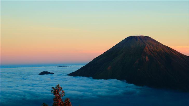 gunung sumbing wonosobo island in indonesia 5k Mac Wallpaper