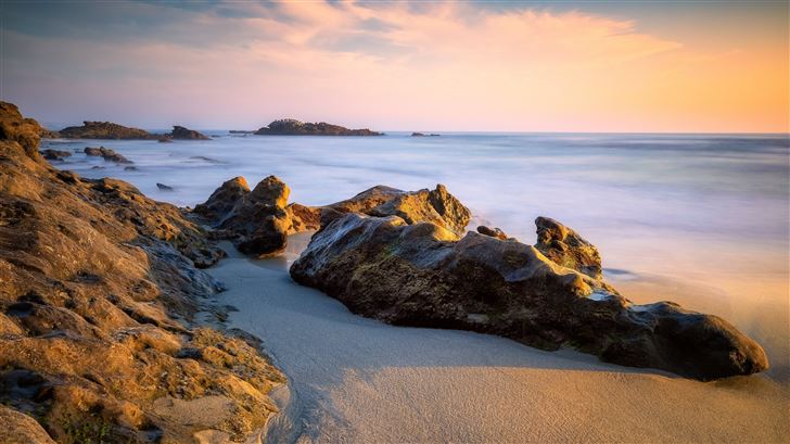 rocky coast 5k Mac Wallpaper