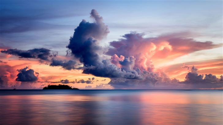 clouds over the sea 8k Mac Wallpaper