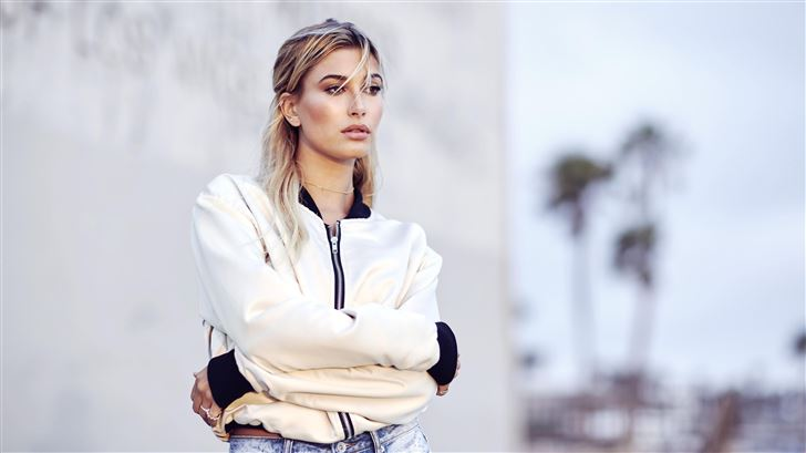 hailey baldwin 5k latest Mac Wallpaper