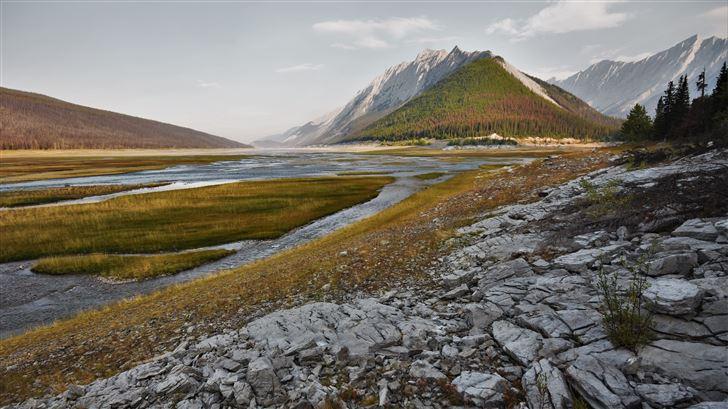 medicine lake mountainscape 5k Mac Wallpaper