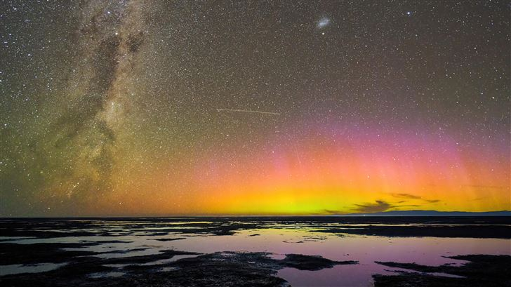 aurora australis over birdlings flat new zealand 5 Mac Wallpaper