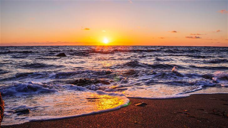 waves beach sunset 5k Mac Wallpaper