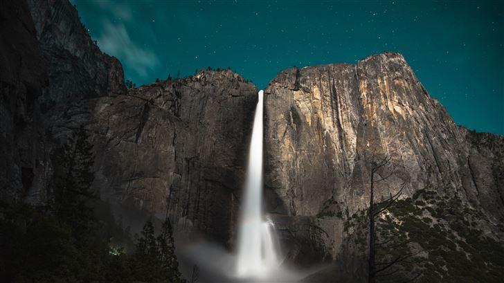 yoesmite valley waterfall Mac Wallpaper