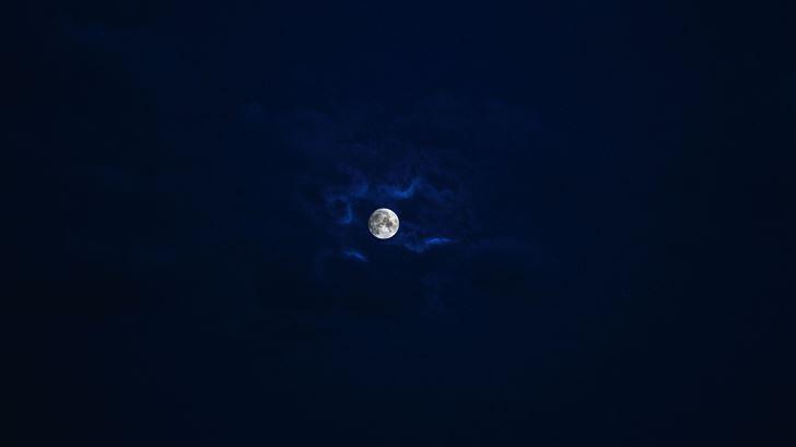 beautiful moon in blue sky Mac Wallpaper