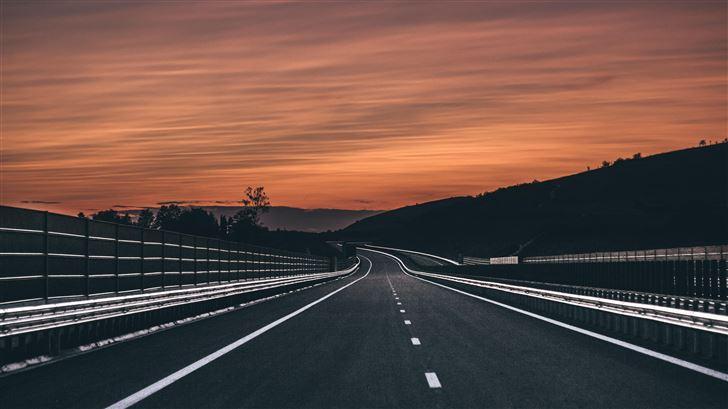 asphalt empty road Mac Wallpaper