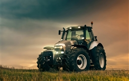 Lamborghini R8 Tractor